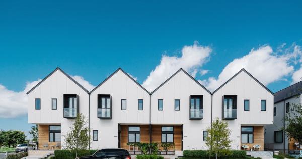 Mit tudnak a sorházi lakások? És mennyire szeretik a sorházakat a vevők?