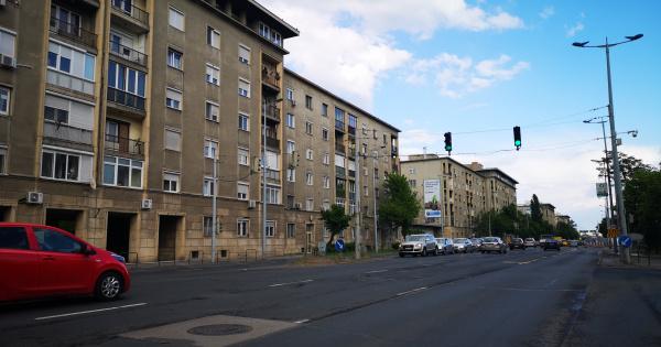 Kik és miért vesznek most forgalmas utak melletti lakásokat? És mennyivel olcsóbban?